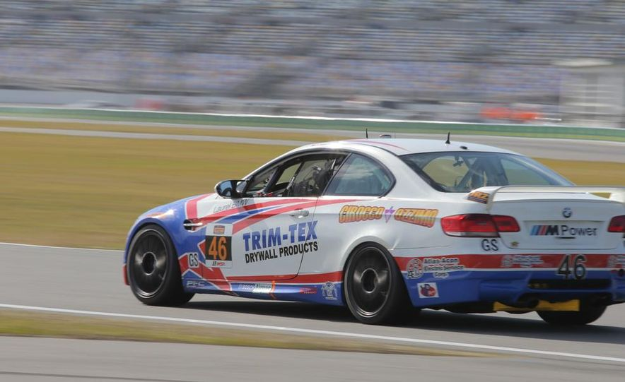 BMW Starts the 2014 Continental Series With a Pair of Wins in Daytona - Slide 15