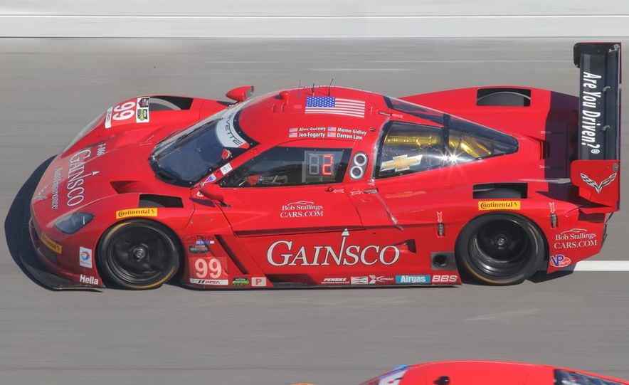 Rolex 24, Day 1: Corvettes Impress, Scary Crash Red Flags Race for 1.5 Hours - Slide 32