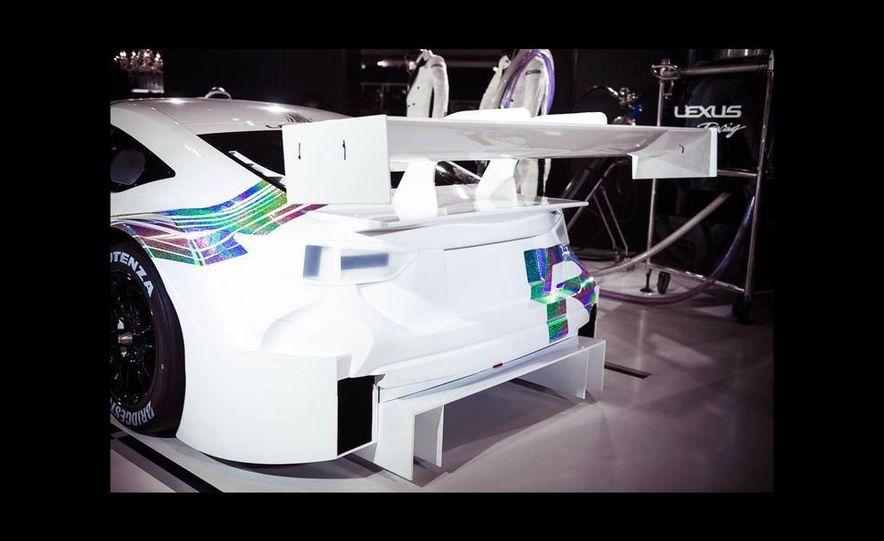 Lexus RC F GT500 race car - Slide 2