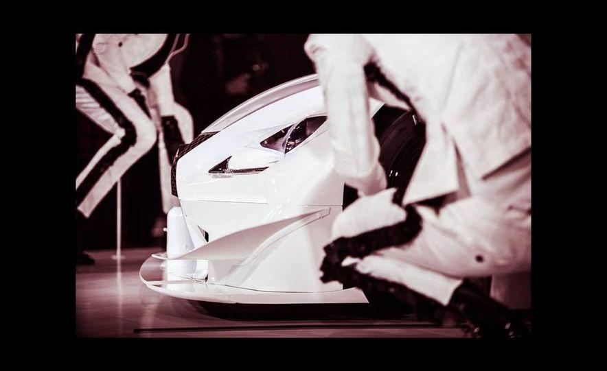 Lexus RC F GT500 race car - Slide 4
