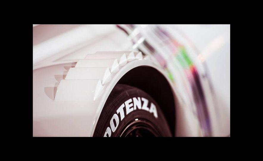 Lexus RC F GT500 race car - Slide 7