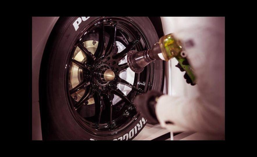 Lexus RC F GT500 race car - Slide 8