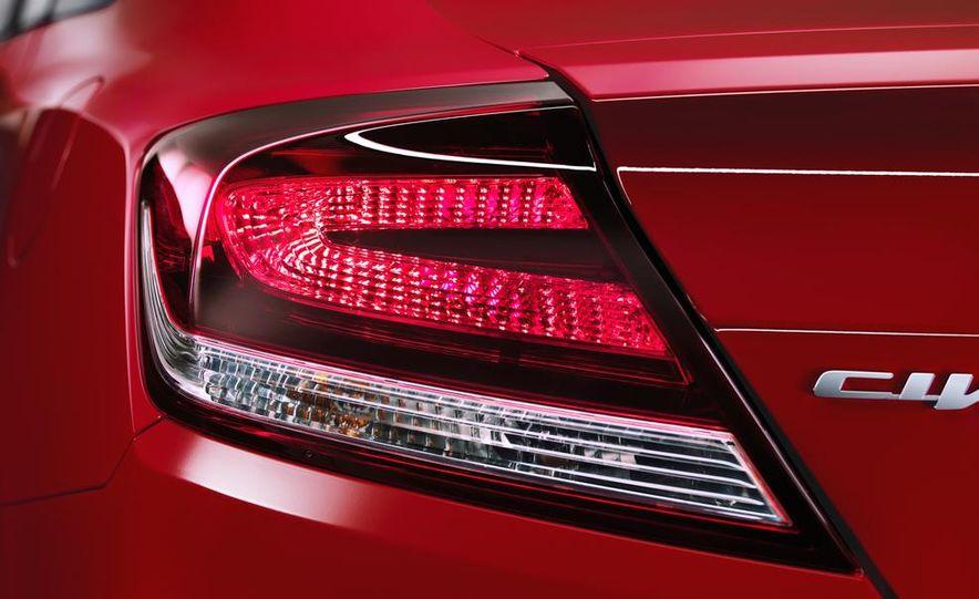 2014 Honda Civic Si coupe - Slide 15