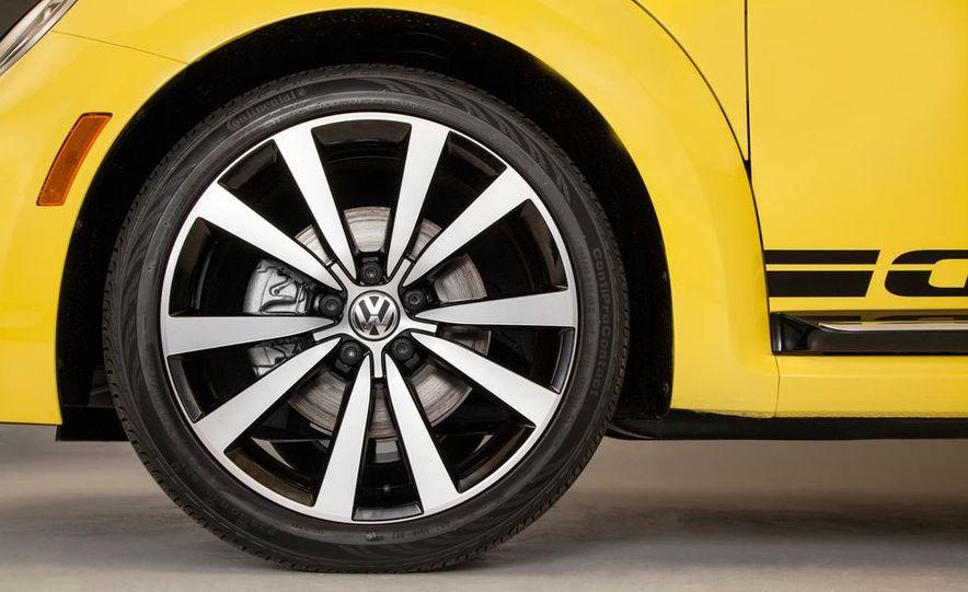 2014 and 1949 Volkswagen Beetle - Slide 36