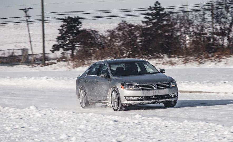 2014 Volkswagen Passat Sport 1.8T - Slide 1