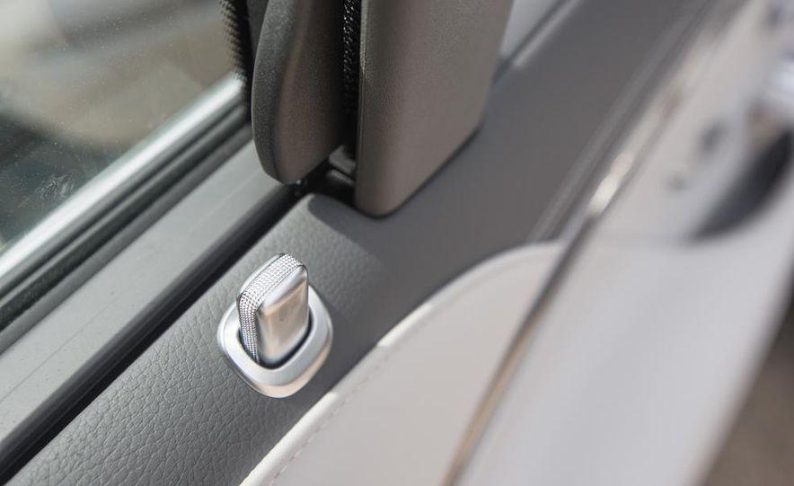 2015 Mercedes-Benz S300 BlueTec Hybrid - Slide 45