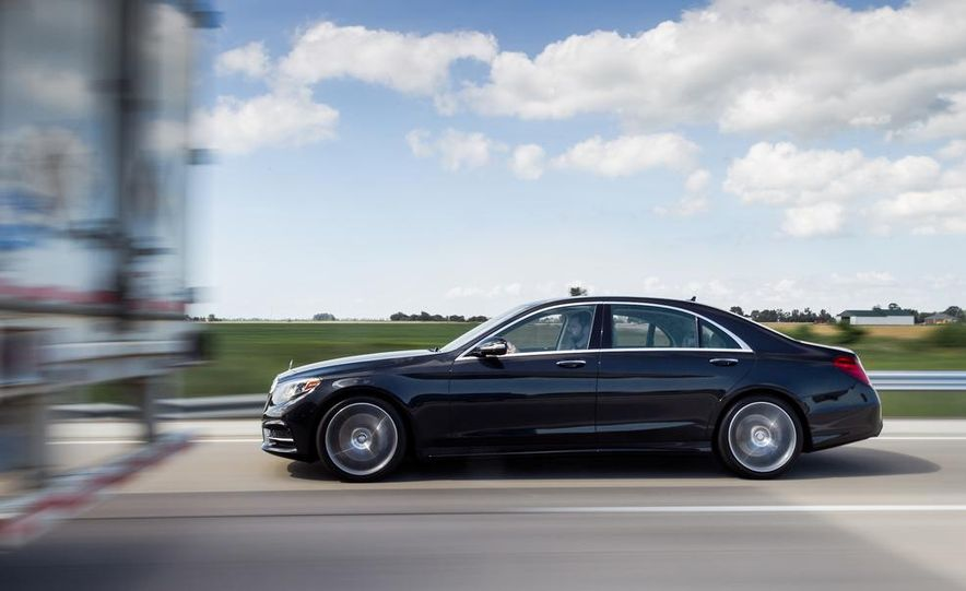 2015 Mercedes-Benz S300 BlueTec Hybrid - Slide 10
