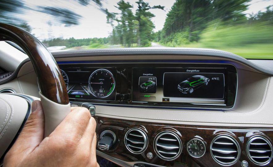 2015 Mercedes-Benz S300 BlueTec Hybrid - Slide 3