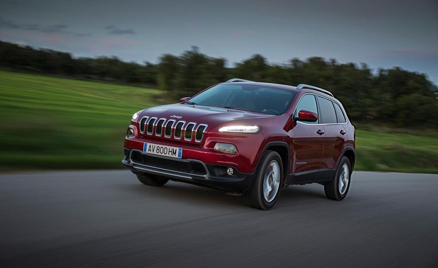 Jeep Cherokee Limited diesel (Euro-spec) - Slide 1
