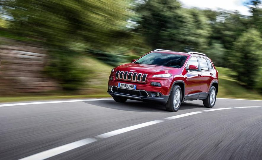 Jeep Cherokee Limited diesel (Euro-spec) - Slide 2