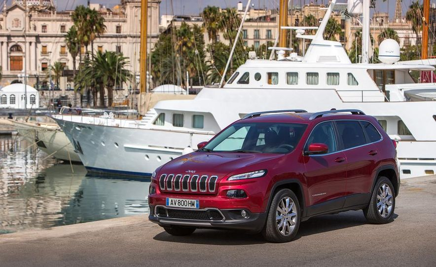 Jeep Cherokee Limited diesel (Euro-spec) - Slide 12