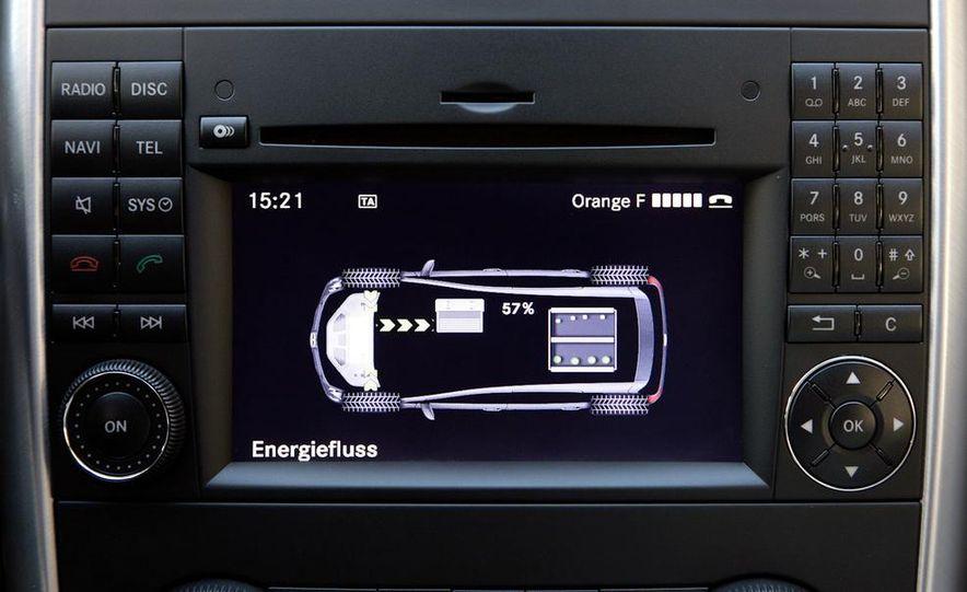 Mercedes-Benz F-Cell - Slide 20