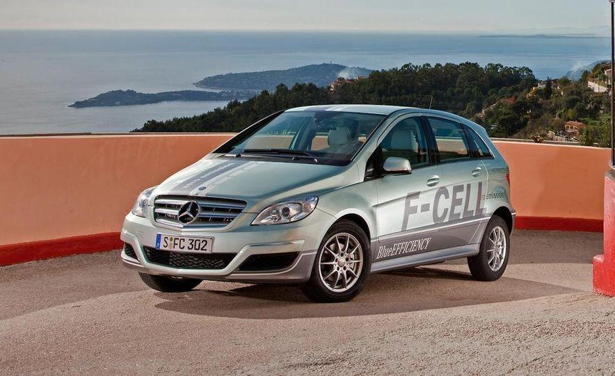 Mercedes-Benz F-Cell - Slide 17