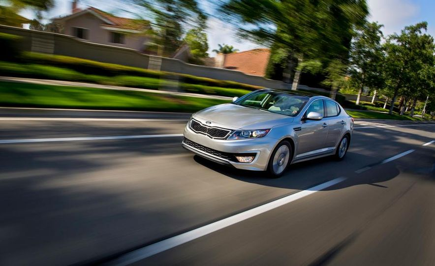 2014 Kia Optima hybrid - Slide 17