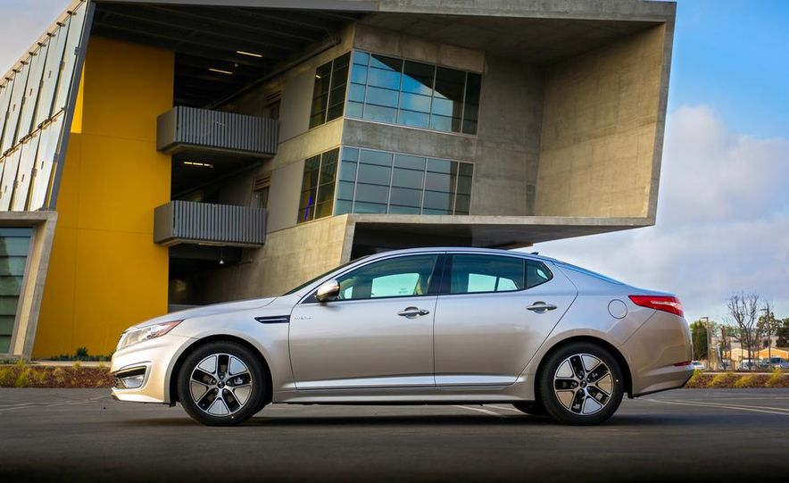 2014 Kia Optima hybrid - Slide 21