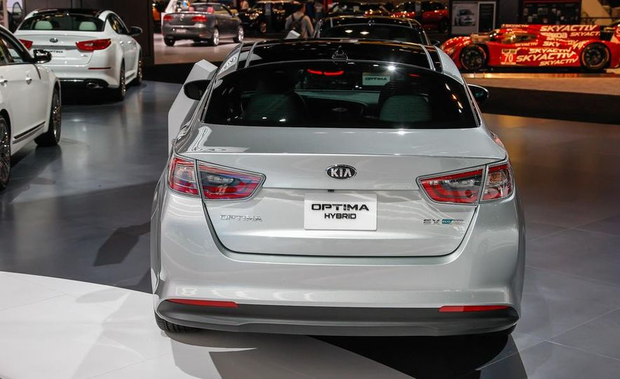 2014 Kia Optima hybrid - Slide 7