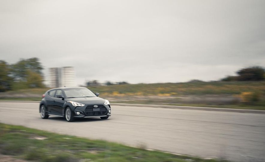 2014 Hyundai Veloster RE:FLEX - Slide 34