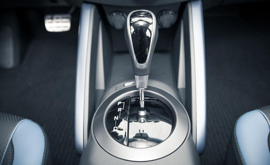 2014 Hyundai Veloster RE:FLEX - Slide 69