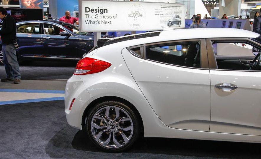2014 Hyundai Veloster RE:FLEX - Slide 5