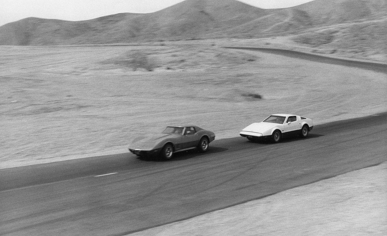 Chevrolet Corvette Stingray vs. Bricklin SV-1