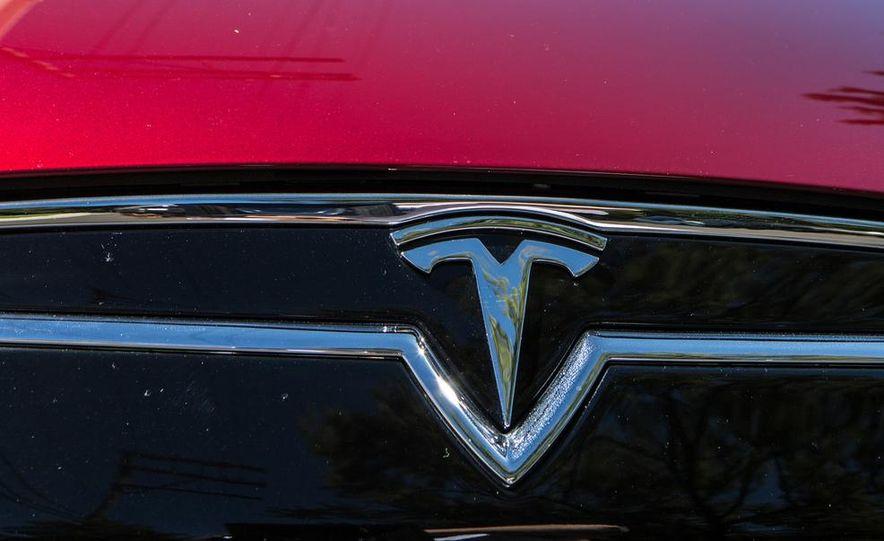 2013 Tesla Model S - Slide 27