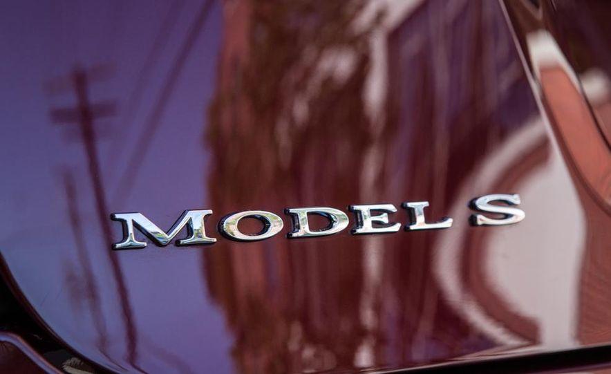 2013 Tesla Model S - Slide 34
