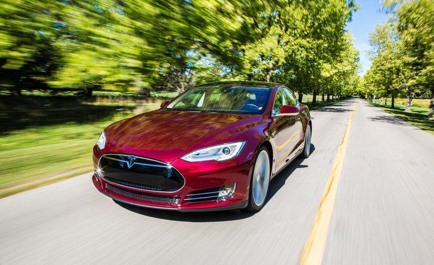 2013 Tesla Model S - Slide 1