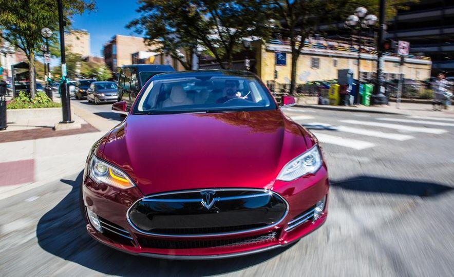 2013 Tesla Model S - Slide 7