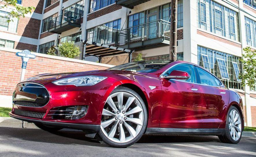 2013 Tesla Model S - Slide 14