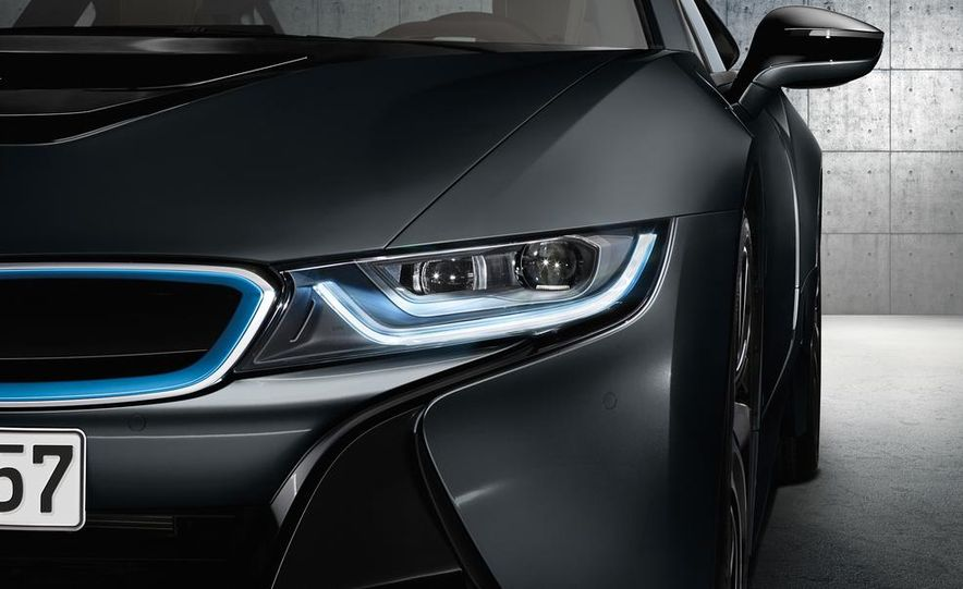Munich's Flame Throwers: BMW Claims To Be The First With Laser Headlights - Slide 21