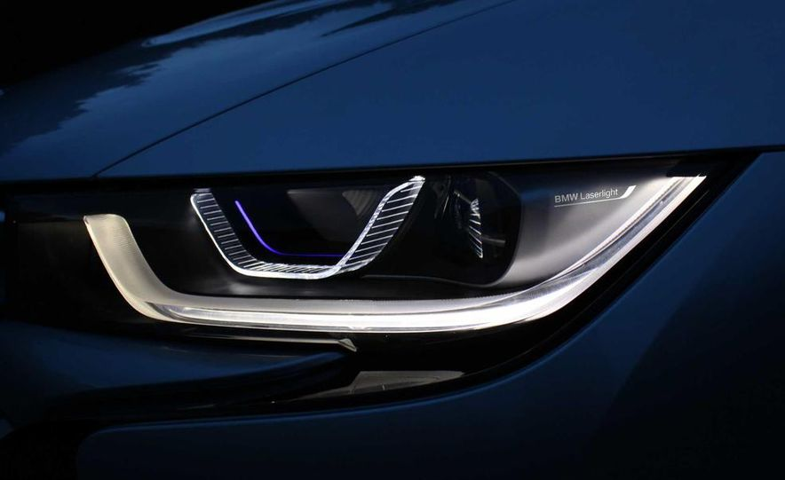 Munich's Flame Throwers: BMW Claims To Be The First With Laser Headlights - Slide 3