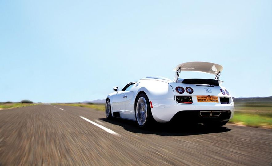 2013 Bugatti Veyron 16.4 Grand Sport Vitesse - Slide 16