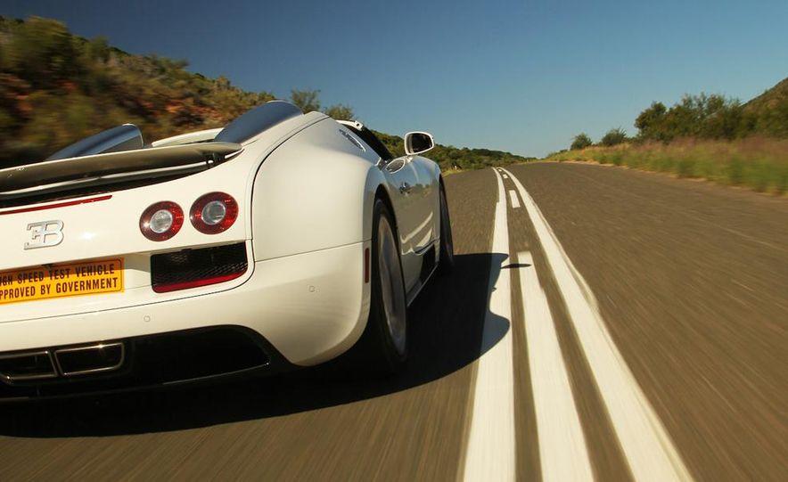 2013 Bugatti Veyron 16.4 Grand Sport Vitesse - Slide 21