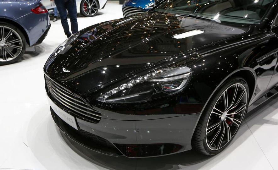 Aston Martin DB9 Carbon Black - Slide 2