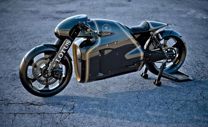 Lotus C-01 motorcycle - Slide 1