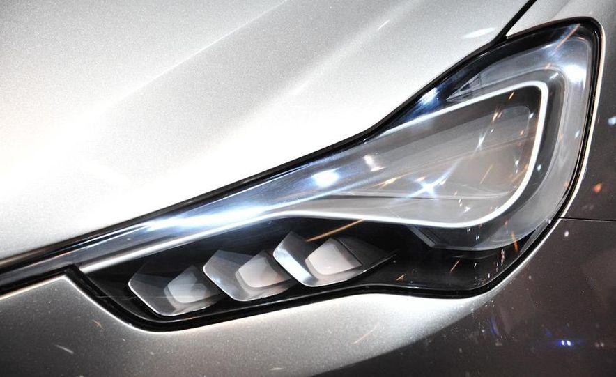Maserati Kubang concept - Slide 15