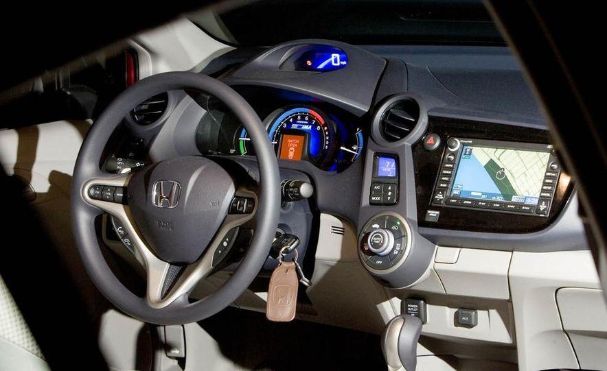 2014 Honda Insight - Slide 18