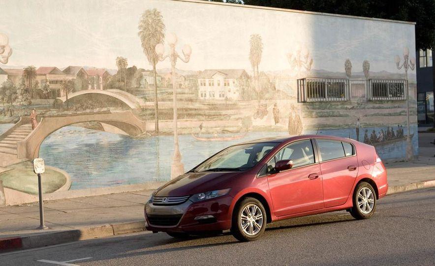 2014 Honda Insight - Slide 9
