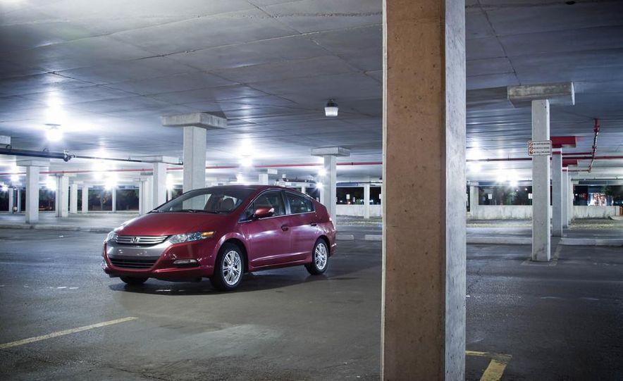 2014 Honda Insight - Slide 12