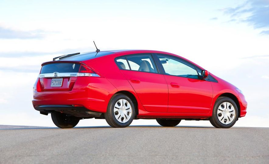 2014 Honda Insight - Slide 4
