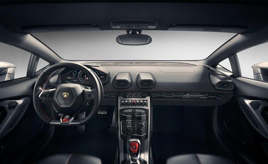 2014 Lamborghini Huracán LP610-4 - Slide 40