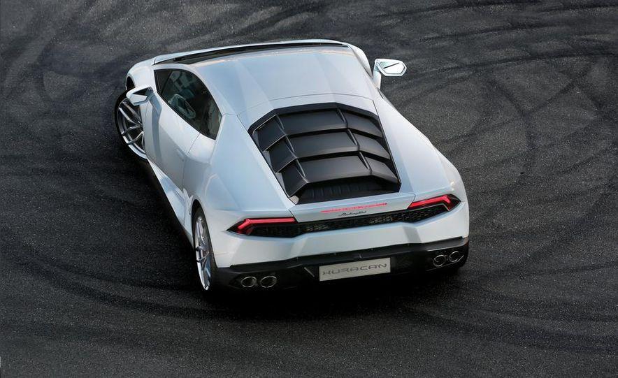2014 Lamborghini Huracán LP610-4 - Slide 7