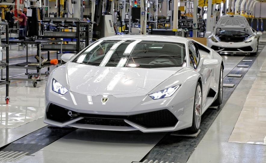 2014 Lamborghini Huracán LP610-4 - Slide 12