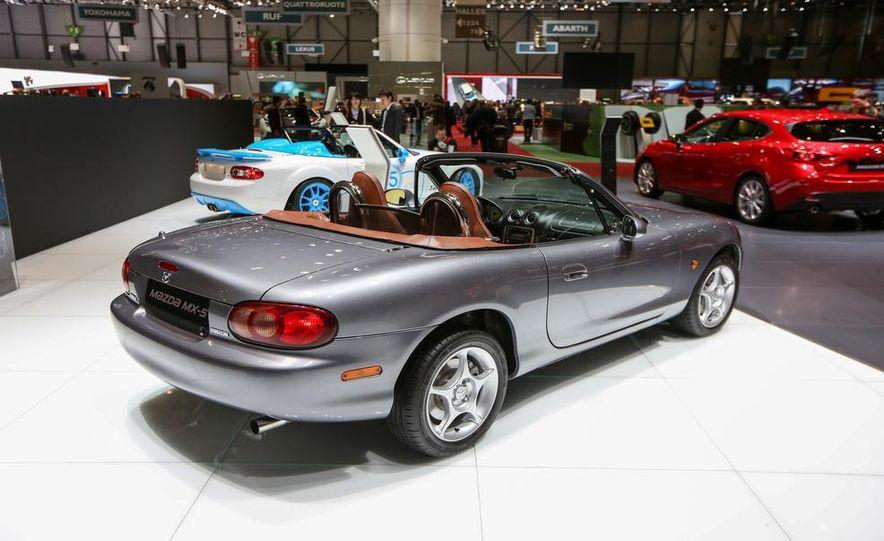 1990 Mazda MX-5 Miata - Slide 10