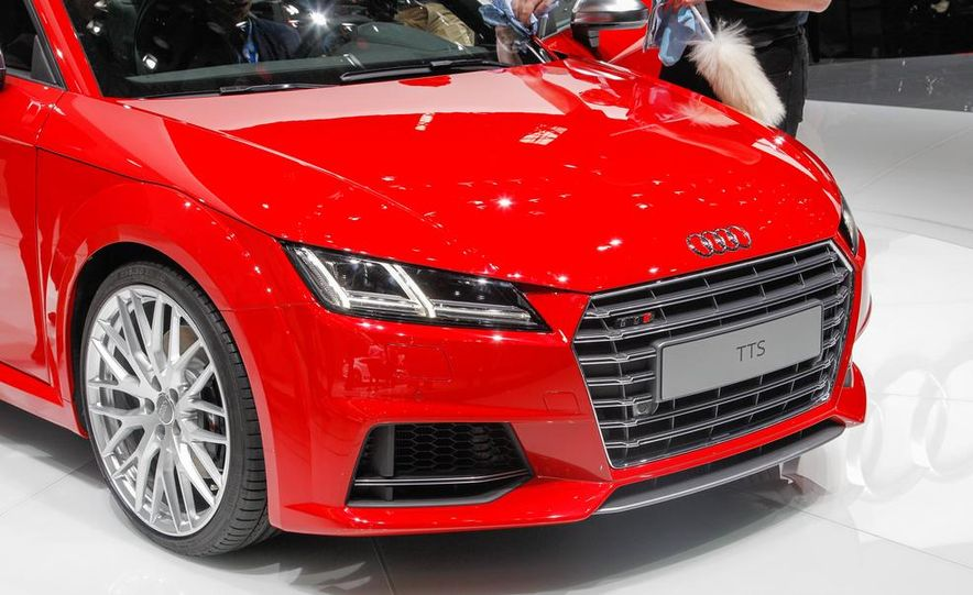 2016 Audi TTS - Slide 16