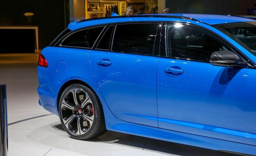2015 Audi S1 - Slide 37