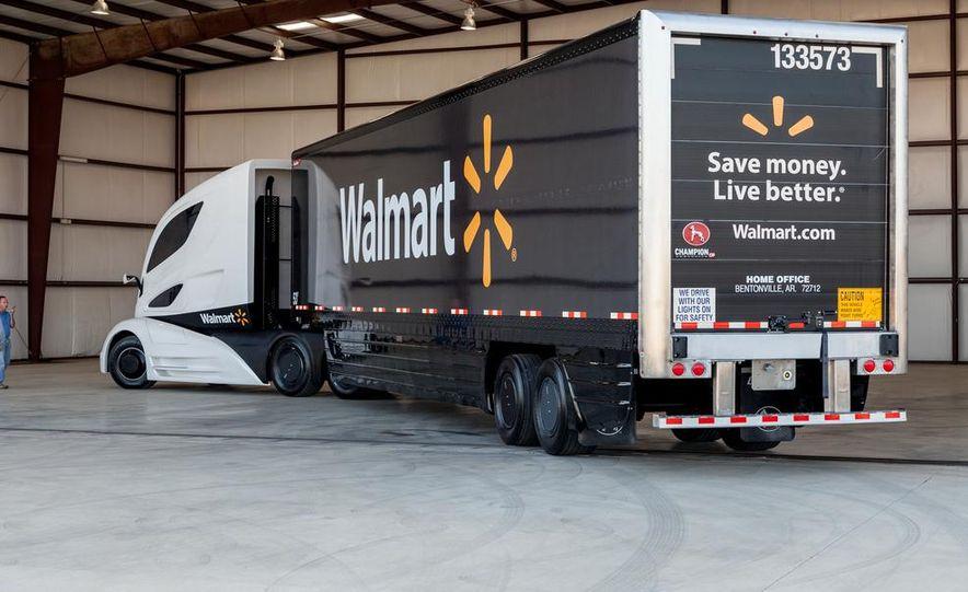 Walmart Advanced Vehicle Experience truck concept - Slide 13