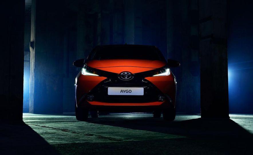 2014 Toyota Aygo - Slide 1