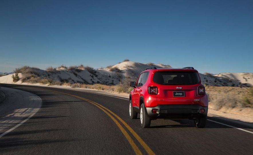 2015 Jeep Renegade Latitude - Slide 19