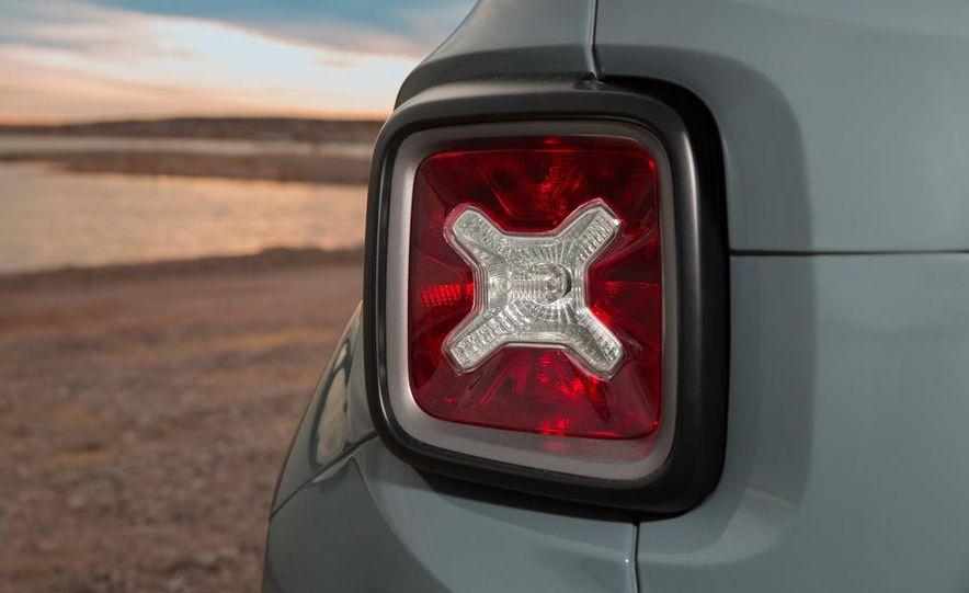 2015 Jeep Renegade Latitude - Slide 44